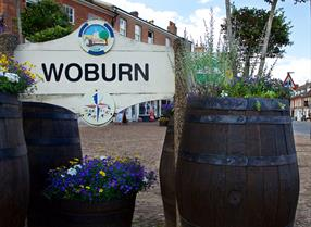 Woburn Sign