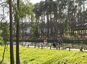 cycling at centre parcs in Bedfordshire