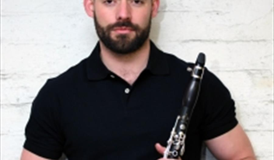 Music in the Museum: Two Clarinets